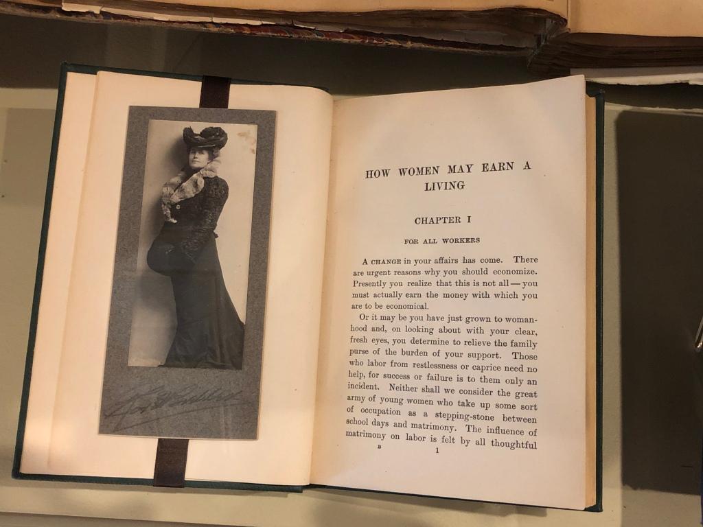 Helen Churchill Candee book How Women May Earn a Living